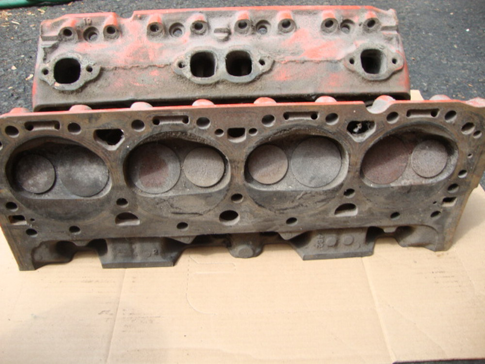 1960 S Chevrolet Cylinder Heads 3890462 Double Hump